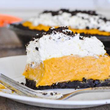 a slice of no bake cheesecake on a plate